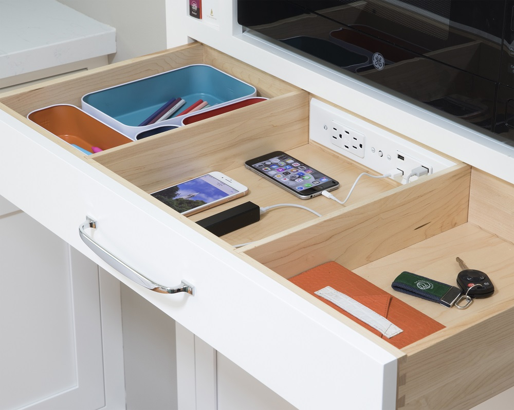 G.U.S City Pop Corner Multi-Device Charging and Sunglass Station with Drawer