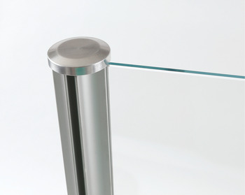 Quad pole shown with top cap installed